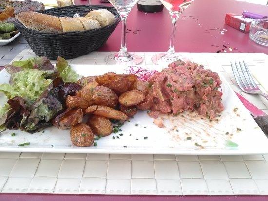 Cafe de la Promenade: Le tartare de boeuf