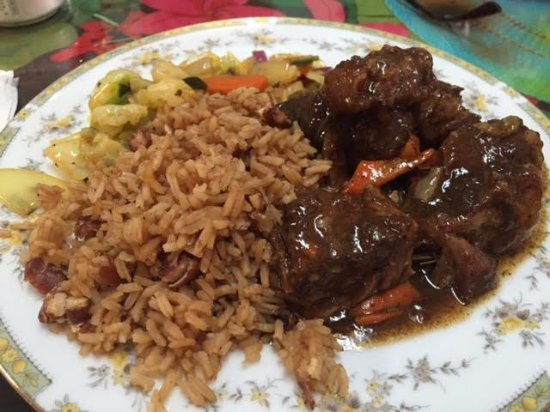 Greenacres, Floryda: Brown chicken