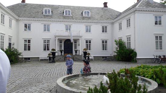 Brekstad, Norge: Hovde Gård Restaurant