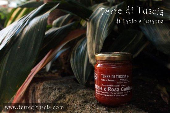Manziana, Itália: Miele e Rosa Canina