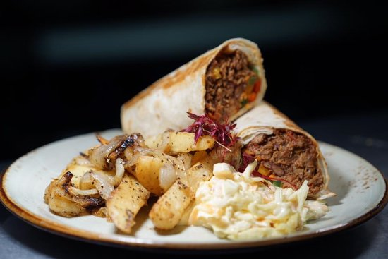 Inverurie, UK: Chilli beef wrap