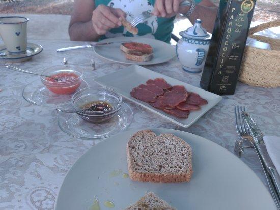 Almedinilla, Espanha: Parte del desayuno