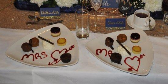 Rockhouse Restaurant: Bride & Groom's Dessert Platter
