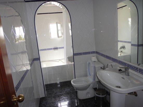 Hostal Levante: bagno levante