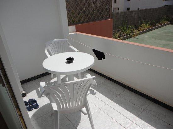 Hostal Levante: balconcino