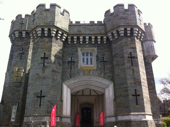 Αμπλσάιντ, UK: Photo of Wray Castle