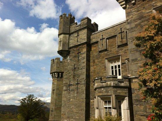 Ambleside, UK: Photo of Wray Castle