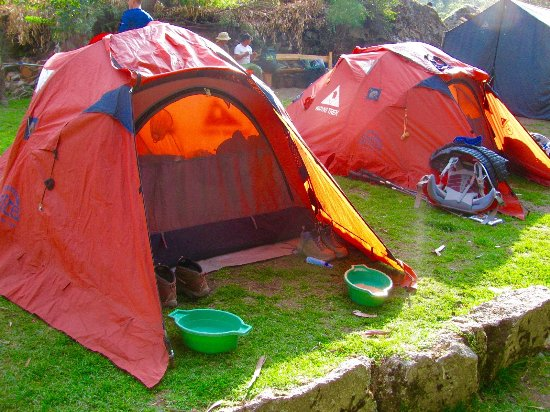 Wayki Trek high end gear/tents/sleeping bags & high end gear/tents/sleeping bags - Picture of Wayki Trek Cusco ...
