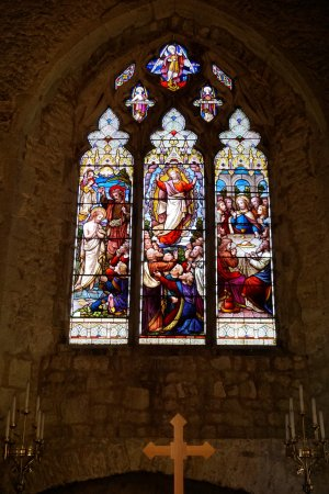 Smarden, UK: Original glass stained window
