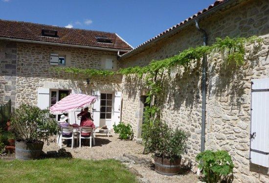 Ruch, Francia: Entrée du gîte