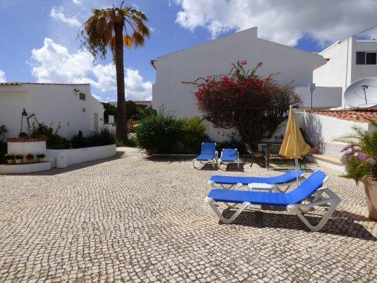 Sollagos Apartamentos Turisticos: Looking over the courtyard