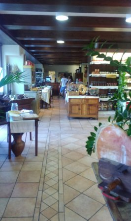 Fanano, Włochy: la zona vendita