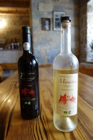 Samobor, Croazia: Red of white wine, what's your favorite?