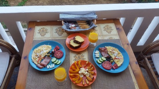 Villa Georgia Apartments&Suites: Breakfast - the morning after arriving