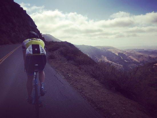 Clayton, كاليفورنيا: Bike Ride up to Mt Diablo summit