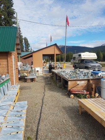 Dease Lake, Канада: equipment