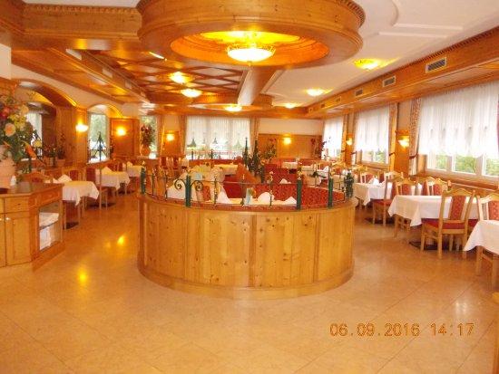 Hotel Toni: eetzaal