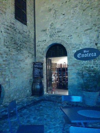 Castell'Arquato, Italia: IMG_20160923_195130_large.jpg