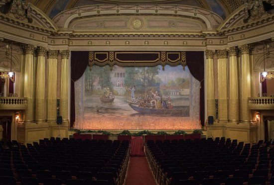 Al Ringling Theater Tours : Al. Ringling Theatre Inside