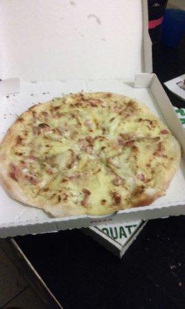 Ганг, Франция: Pizzas délicieuses, bien garnie, viande de qualité, que de compliments a faire... préparation ra