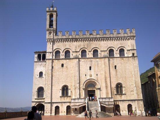 Gubbio, Italia: Palazzo dei Consoli