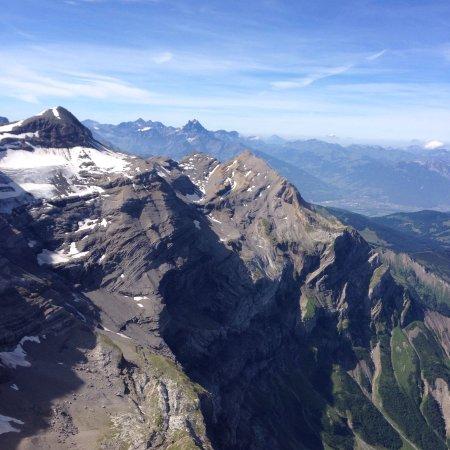 Les Diablerets, Suiza: photo1.jpg