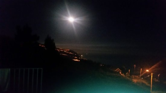 Estreito da Calheta, البرتغال: Moonlite night