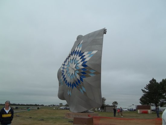 Chamberlain, SD: Back side, They say lights up at night.