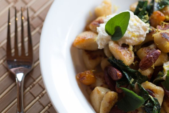 Englishtown, Canadá: On our fall menu: Homemade Gnocchi with squash, Swiss chard, nuts, ricotta & lemon garlic sauce