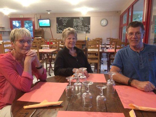 Cloyes-sur-le-Loir, France: Dit is de inrichting van het eerste deel van het restaurant.