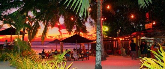 Castaway Beach Villas