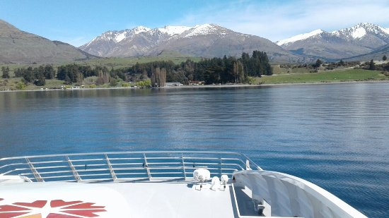 Queenstown Lake Cruise - Southern Discoveries: 20160921_114736_large.jpg