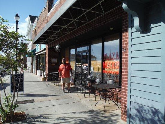 Beaufort, NC: Front