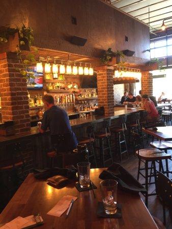 อาร์โรโย แกรนด์, แคลิฟอร์เนีย: Mason Bar