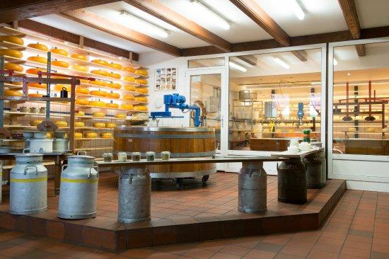 Katwoude, Holandia: Artesian cheese making.