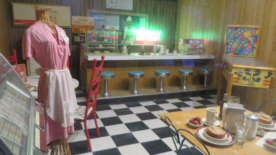 Lebanon, MO: Diner room