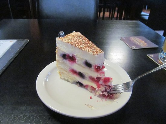 Bay Saint Louis, MS: Berry Cheesecake