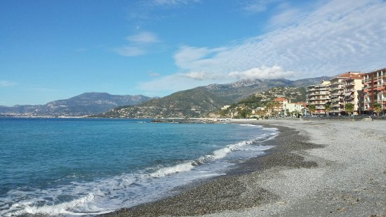 Ventimiglia Old Town: 20160920_095348_Richtone(HDR)_large.jpg