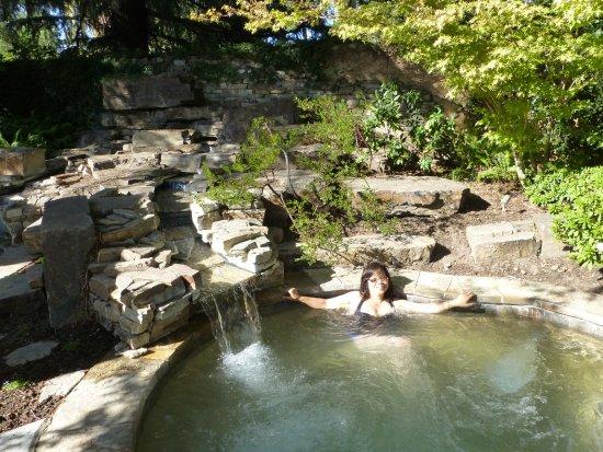 Lodi, CA: Hot Tub at the Spa