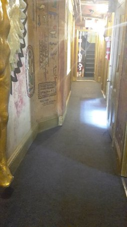 Carlton Arms Hotel : The hall on the D floor