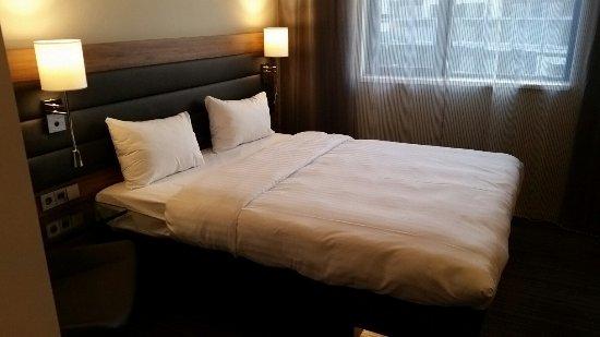 Eschborn, Tyskland: Comfy Bed