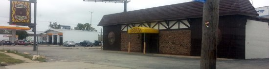Des Plaines, IL: Front of Barnaby's