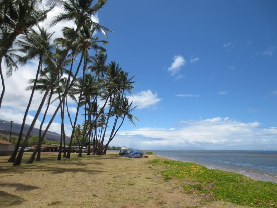 Kaunakakai, HI: Camping on the beach