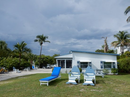 beach picture of tropical winds motel cottages sanibel island