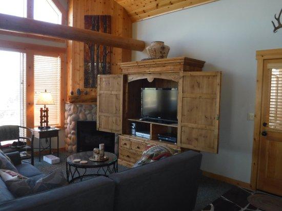 Running Y Ranch Resort : Living Room