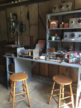 Hewlett Packard Garage : Inside the garage, where it started
