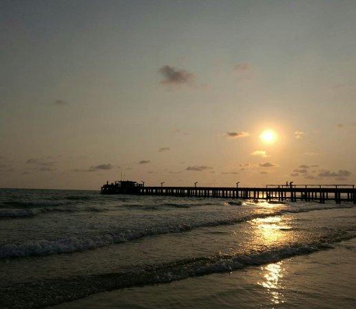 Phe, Thailand: หาดแม่รำพึง