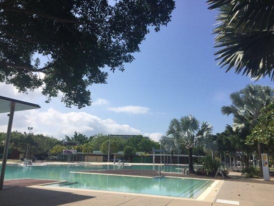 Cairns Esplanade Swimming Lagoon: photo4.jpg