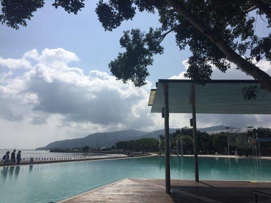 Cairns Esplanade Swimming Lagoon: photo5.jpg