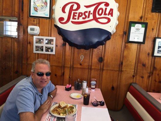 Altoona, PA: Tom & Joe's